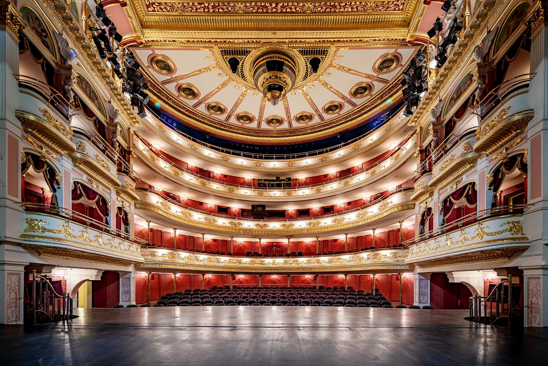 Breslauer Oper überträgt live im Netz