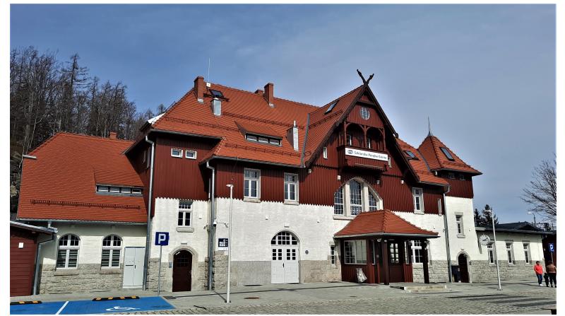 Bahnhof Schreiberhau umfassend saniert